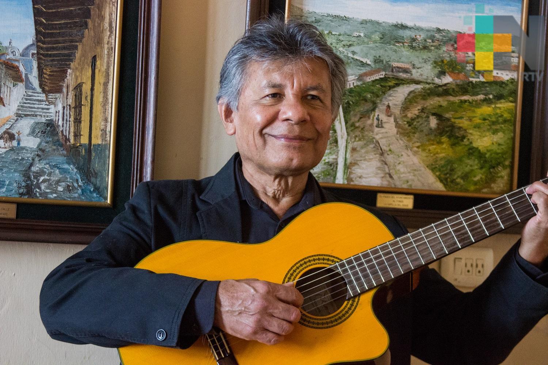 Recital de voz y guitarra en el Teatro J.J. Herrera