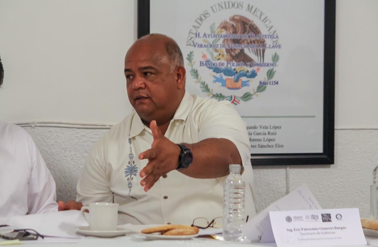 Reconoce Jorge Winckler que no puede con la fiscalía; pide que Secretario de Gobierno le haga su trabajo