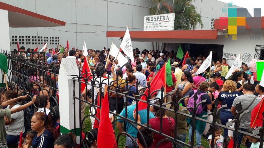 Secretaría del Bienestar atiende demandas de Antorcha Campesina