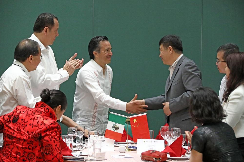 Garantiza gobernador Cuitláhuac inversiones extranjeras y gran potencial de desarrollo
