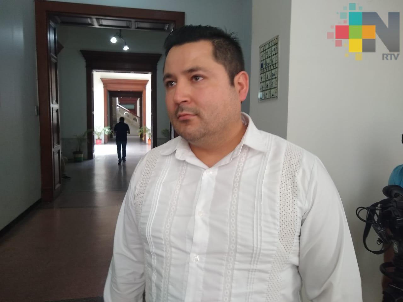 """Gobierno de Yunes no investigó a notarios públicos que avalaron empresas """"fantasma"""""""