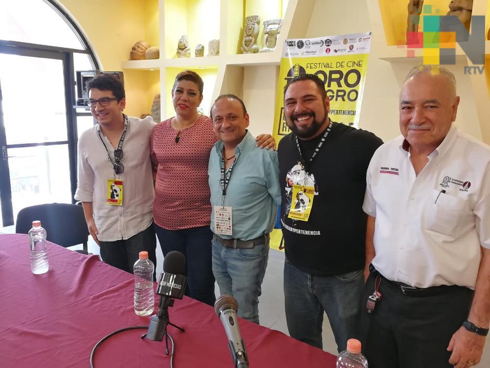 «Ni chairos ni fifis»: Eduardo España
