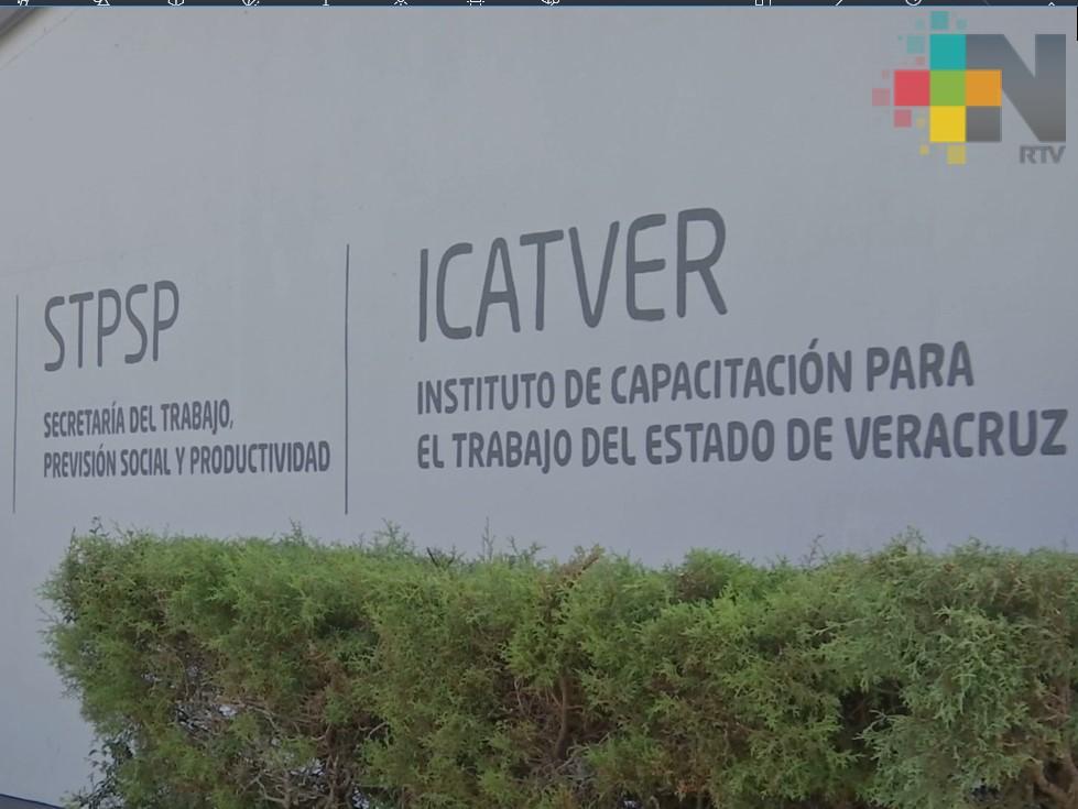 Icatver trabajará en periodo vacacional para cumplir con procedimientos de licitación