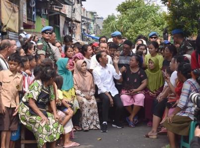 Dejan seis muertos disturbios en Indonesia tras reelección de Widodo