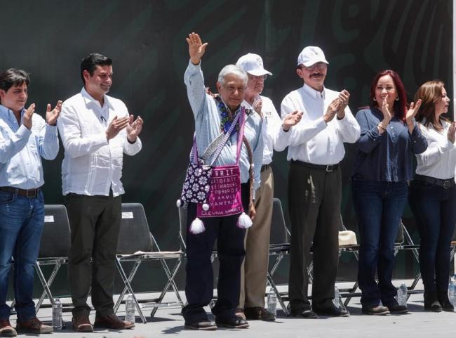Siempre escucharé al pueblo, no me rodearé de barberos: López Obrador