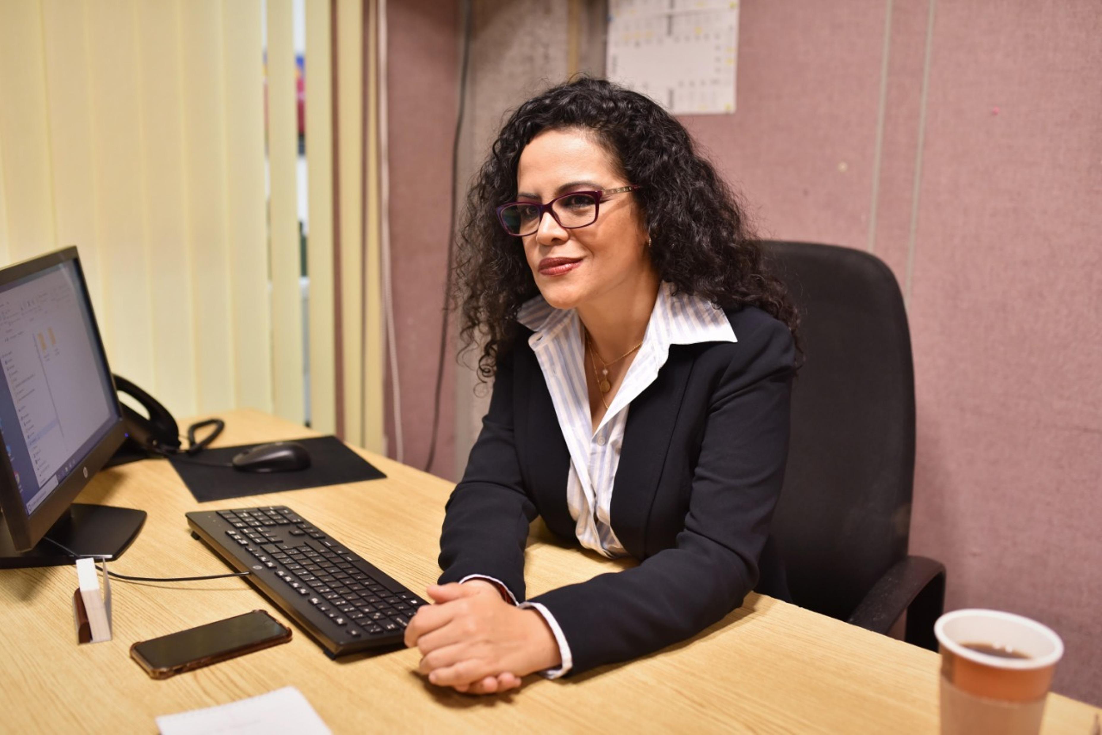 Nombran a Mónica Mendoza encargada del CEIGDH del Congreso del Estado