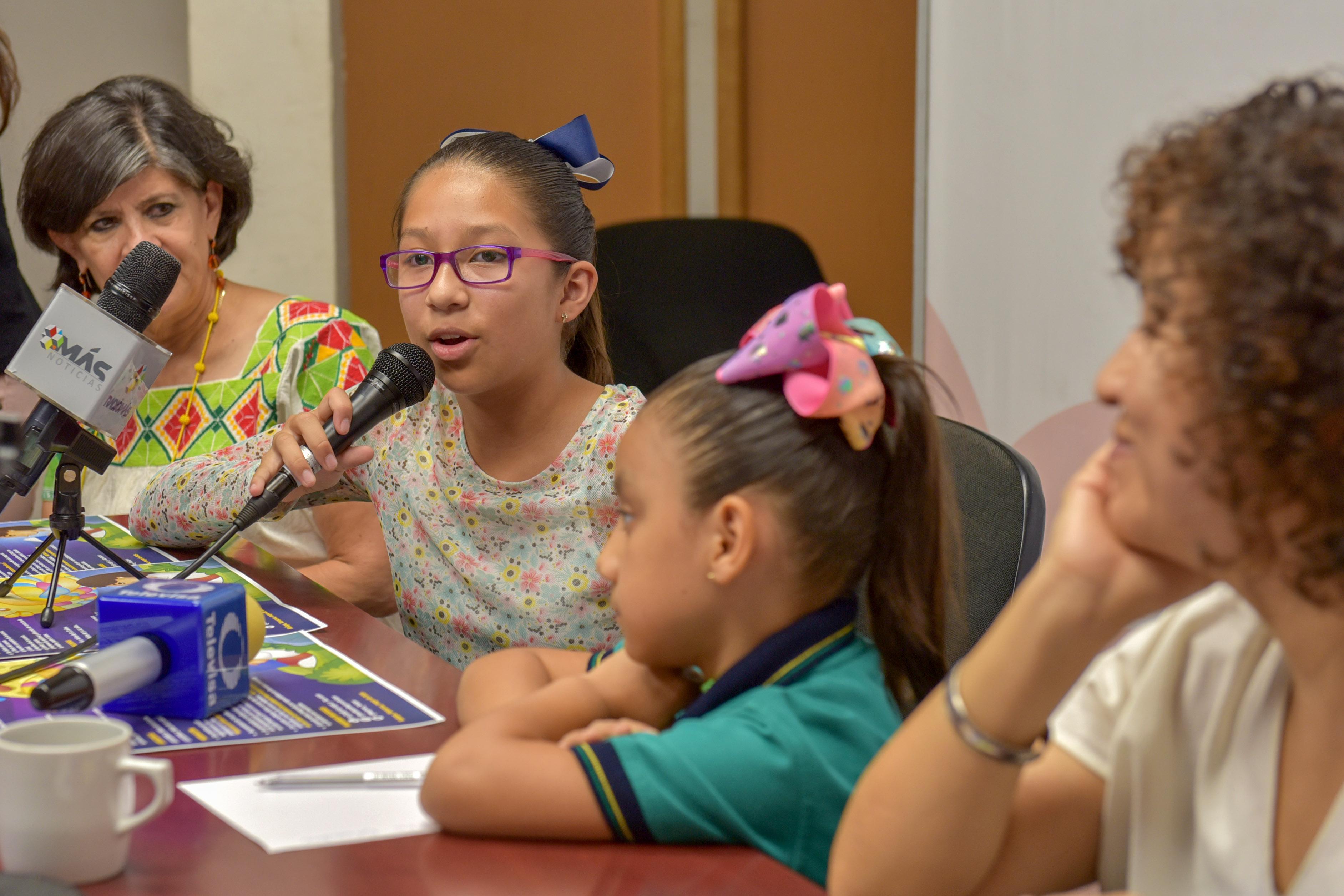 Ayuntamiento de Xalapa reconoce a participantes en «Historias de niñas extraordinarias»