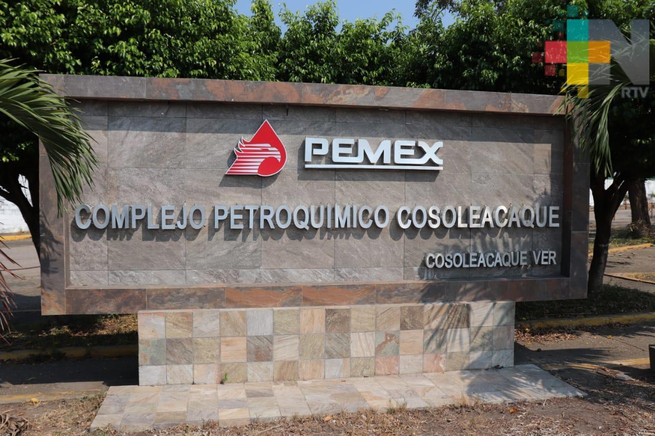 Estables, trabajadores de Pemex quemados con ácido sulfúrico