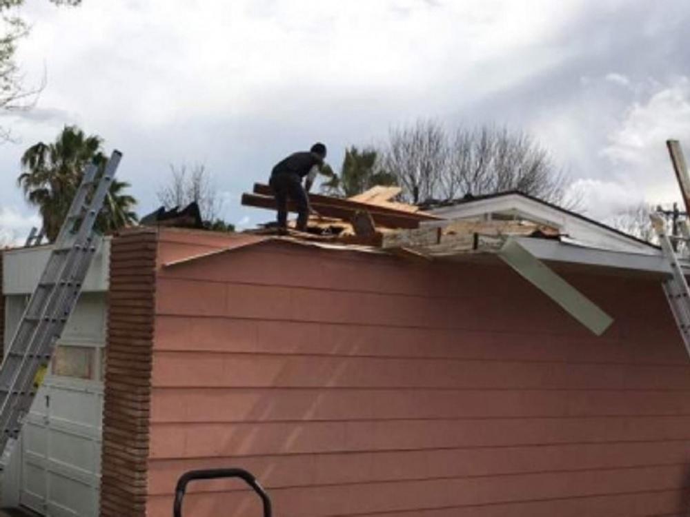Tornado en Missouri deja tres muertos, lesionados y daños materiales