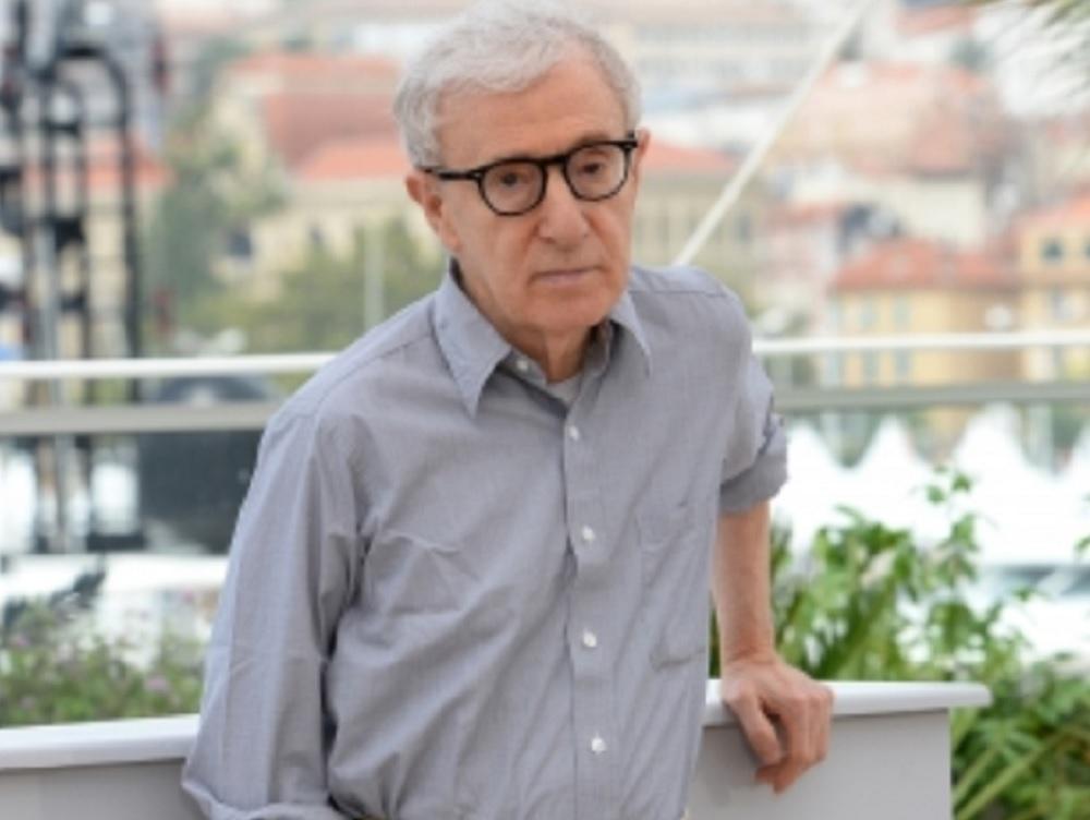 Editoriales dan la espalda a las memorias de Woody Allen