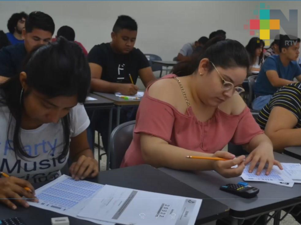 Presentarán examen de ingreso a la UV 44 mil 315 aspirantes