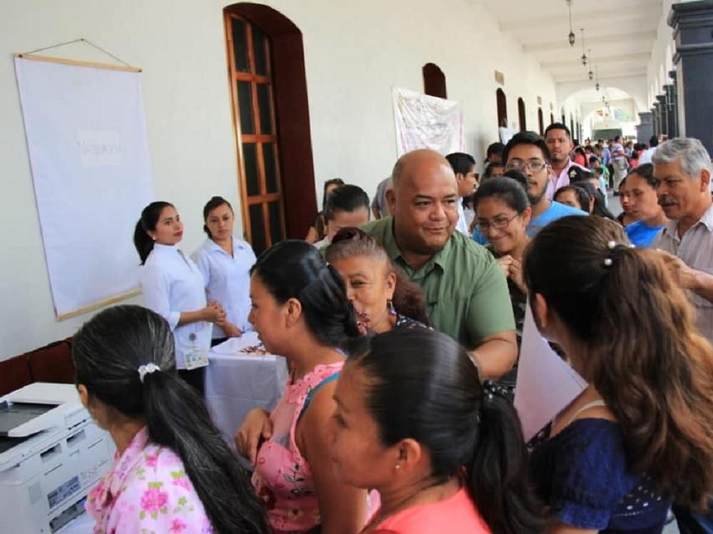 Beneficia gobierno de Cuitláhuac a más de 86 mil veracruzanos con brigadas del Registro Civil