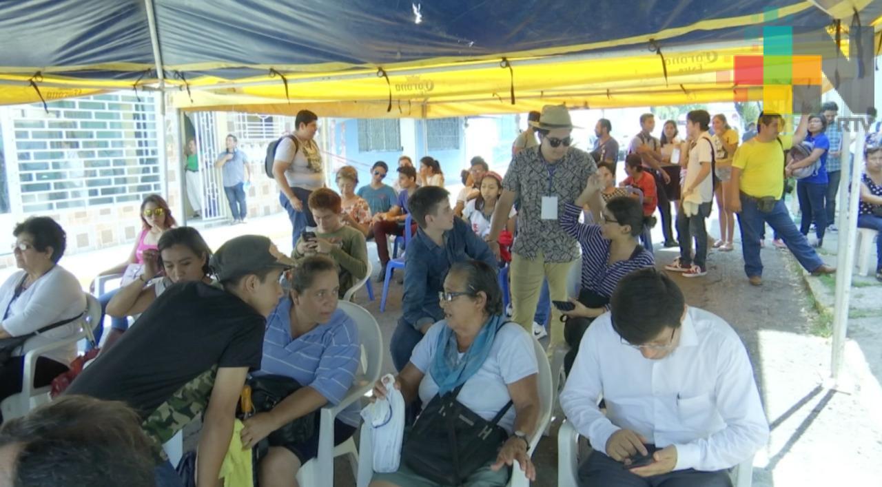 Inaugura René Bejarano casa de enlace en Veracruz