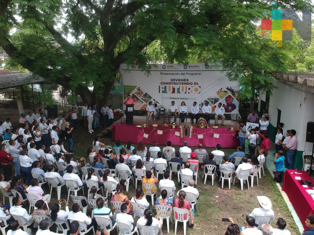 Inicia Jóvenes Construyendo el Futuro en el Campo, en Tantoyuca