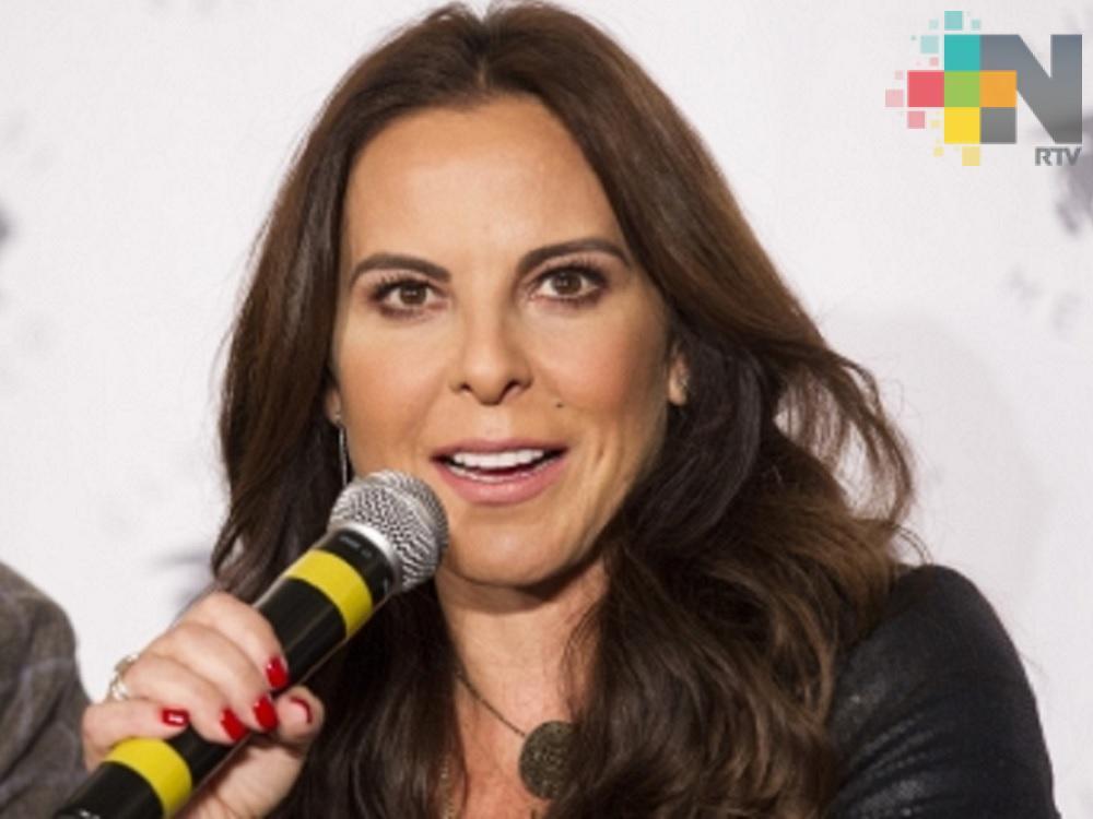"""Verónica del Castillo aconseja a su hermana Kate que """"cierre el pico"""""""
