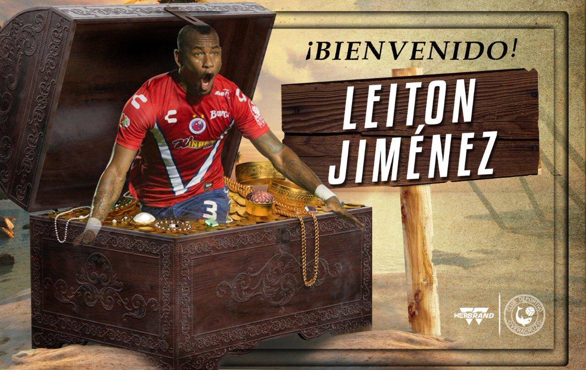 ¡Otro que regresa! Leiton Jiménez jugará con Tiburones Rojos