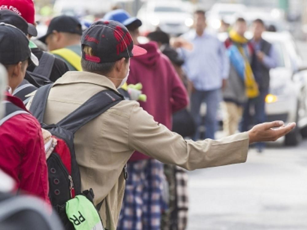 Anuncia López Obrador comisión especial para atender el tema migratorio