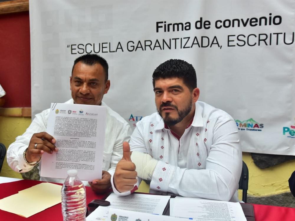 Se suman seis ayuntamientos a programa de escrituración de la SEV