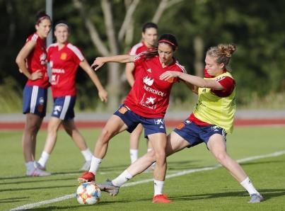 España y China se juegan su boleto a octavos de final de Mundial Femenil
