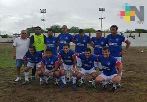 Cruz Azul derrotó al América en duelo de Leyendas