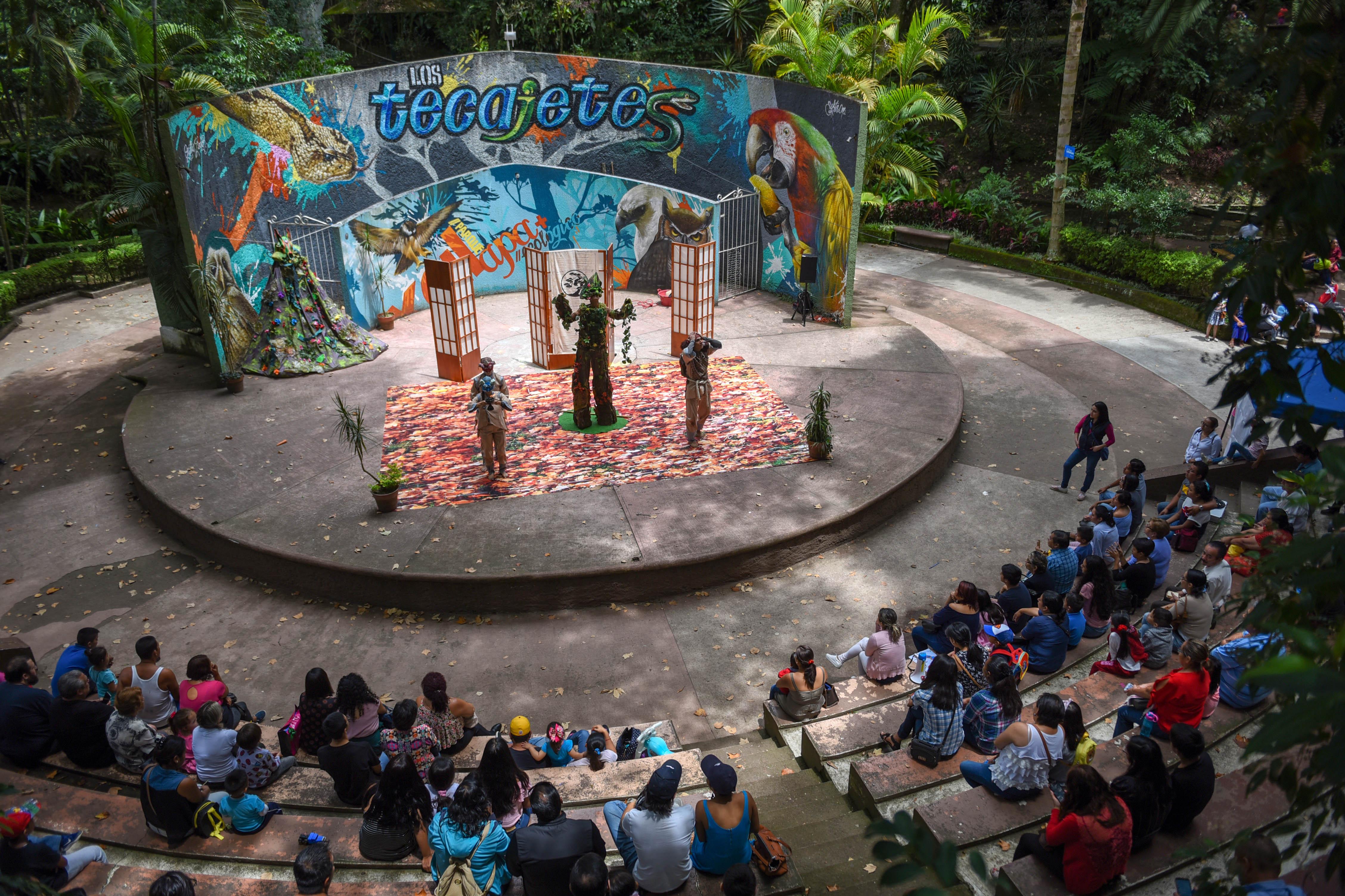 Presentan la obra «El guardián del bosque», en Los Tecajetes