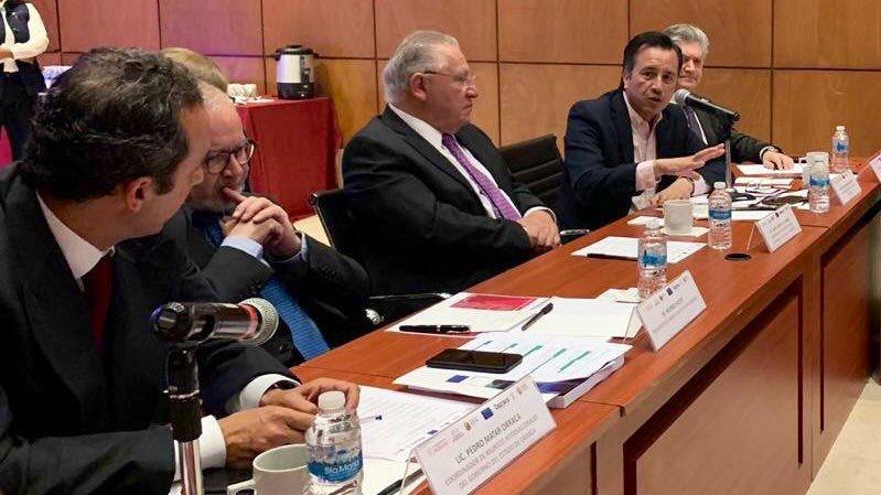 Se presentó mega proyecto del Corredor Interoceánico del Istmo de Tehuantepec; el gobernador Cuitláhuac García, presente en Palacio Nacional