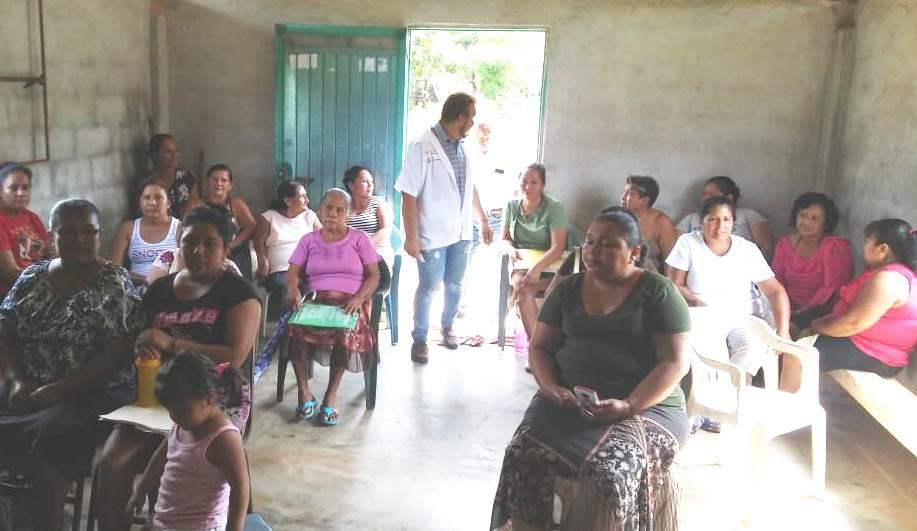 Brinda Secretaría de Salud atención especializada a mujeres en Playa Vicente