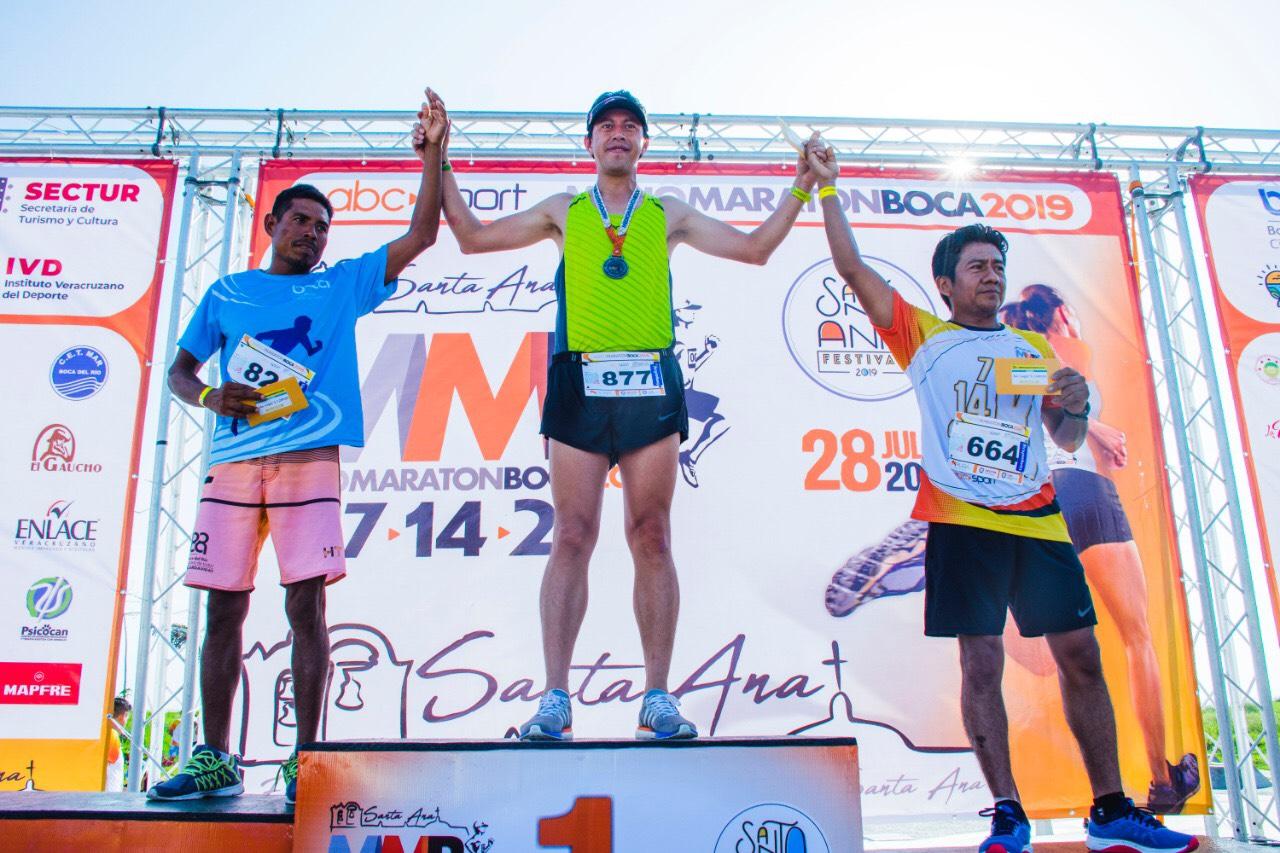 Lorena Acosta y Ramiro Herrera, campeones del Medio Maratón Boca