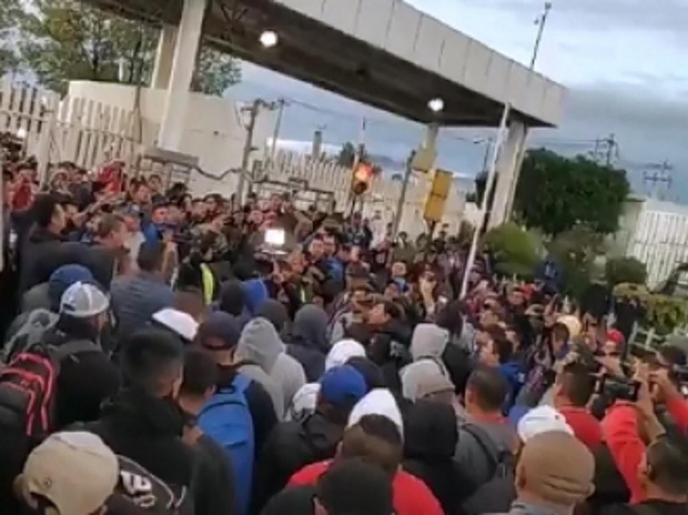 Policías Federales protestan por condiciones de cambio a la Guardia Nacional