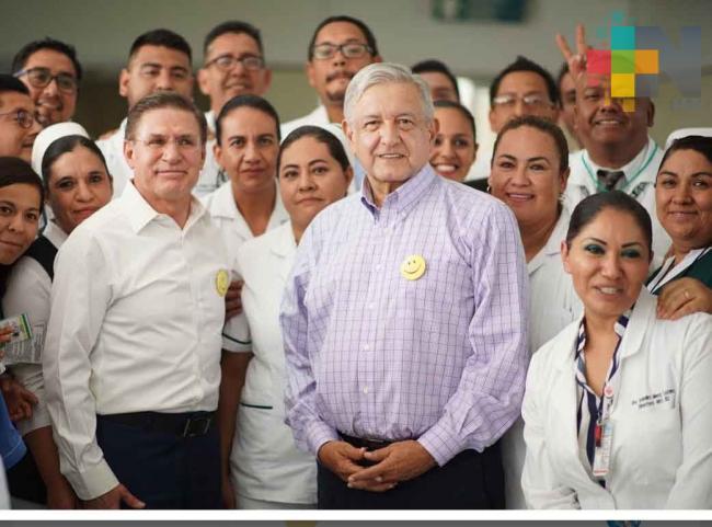 «Ni un paso atrás», dice López Obrador a quienes realizan bloqueos