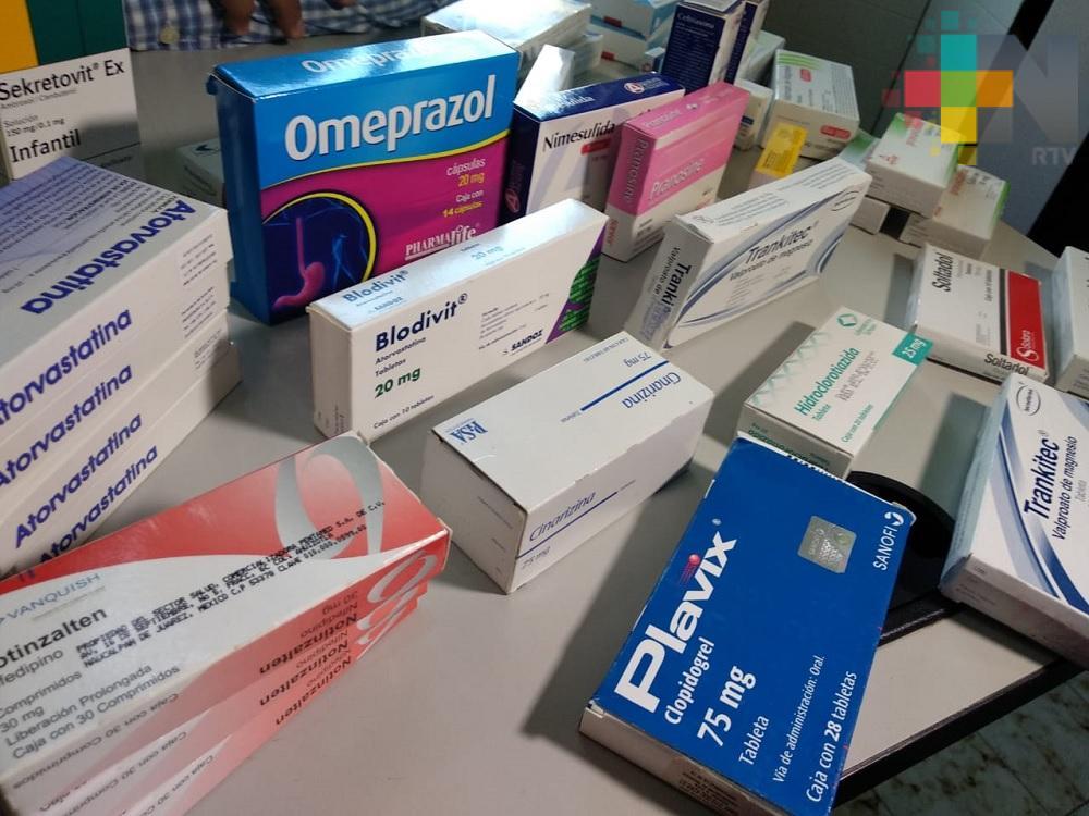 Asociación de Coatzacoalcos recauda medicamentos para donarlos a familias de escasos recursos