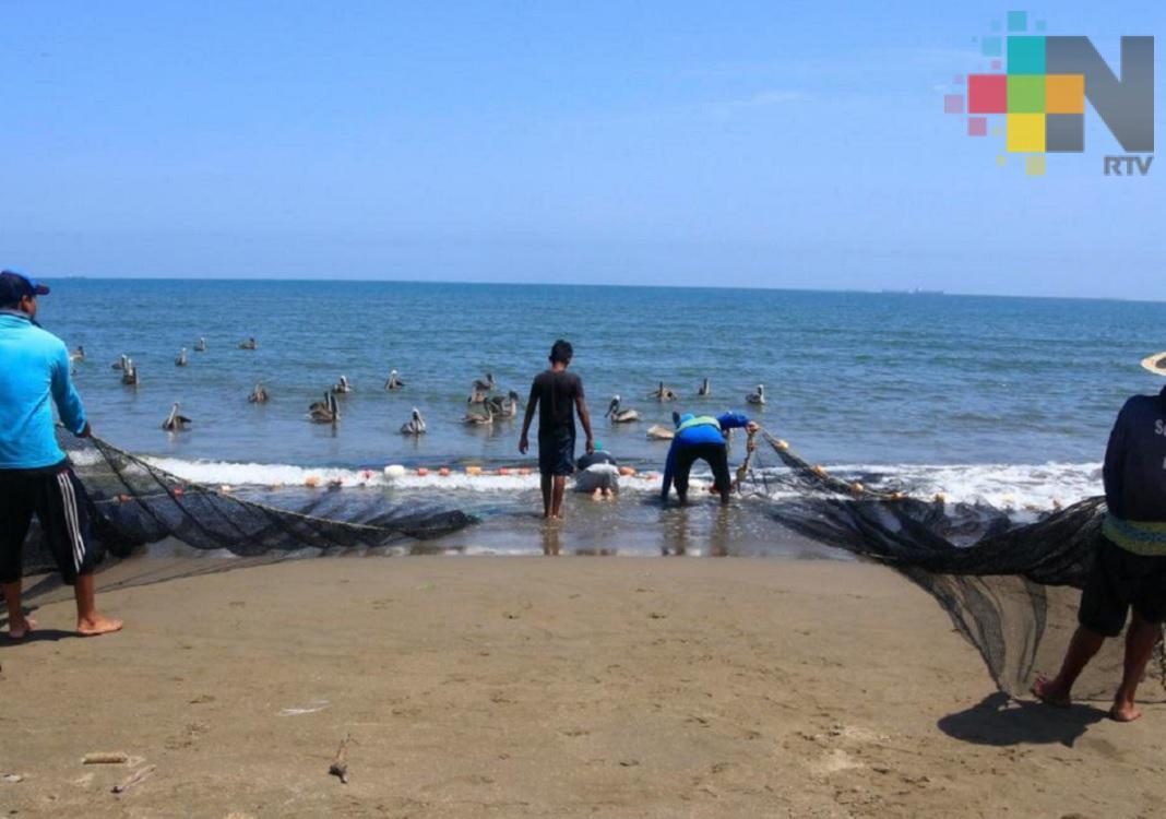 Empresa Hokchi Energy pagará afectaciones a pescadores de Coatzacoalcos