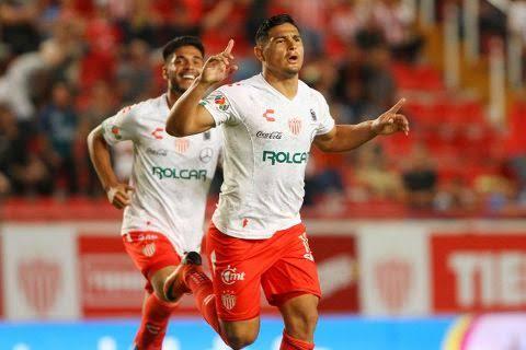 Necaxa golea sin piedad 7-0 a Veracruz