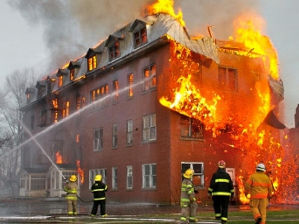 Incendios urbanos son más perjudiciales que sismos y huracanes