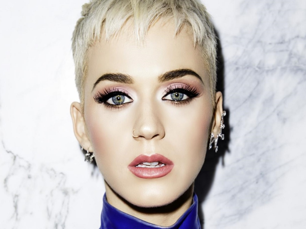 Katy Perry enfrenta acusaciones de agresión sexual