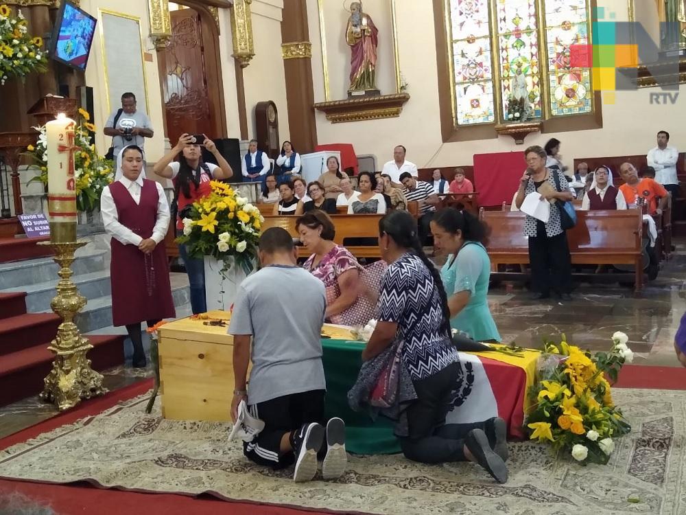 Realizan misas de cuerpo presente para dar último adiós a cardenal Sergio Obeso Rivera