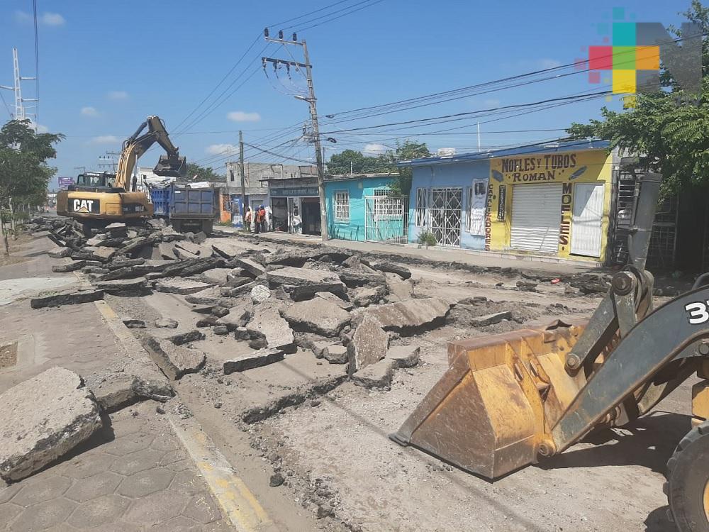 Vecinos de colonia Laguna piden introducir ductos de drenaje antes de repavimentar