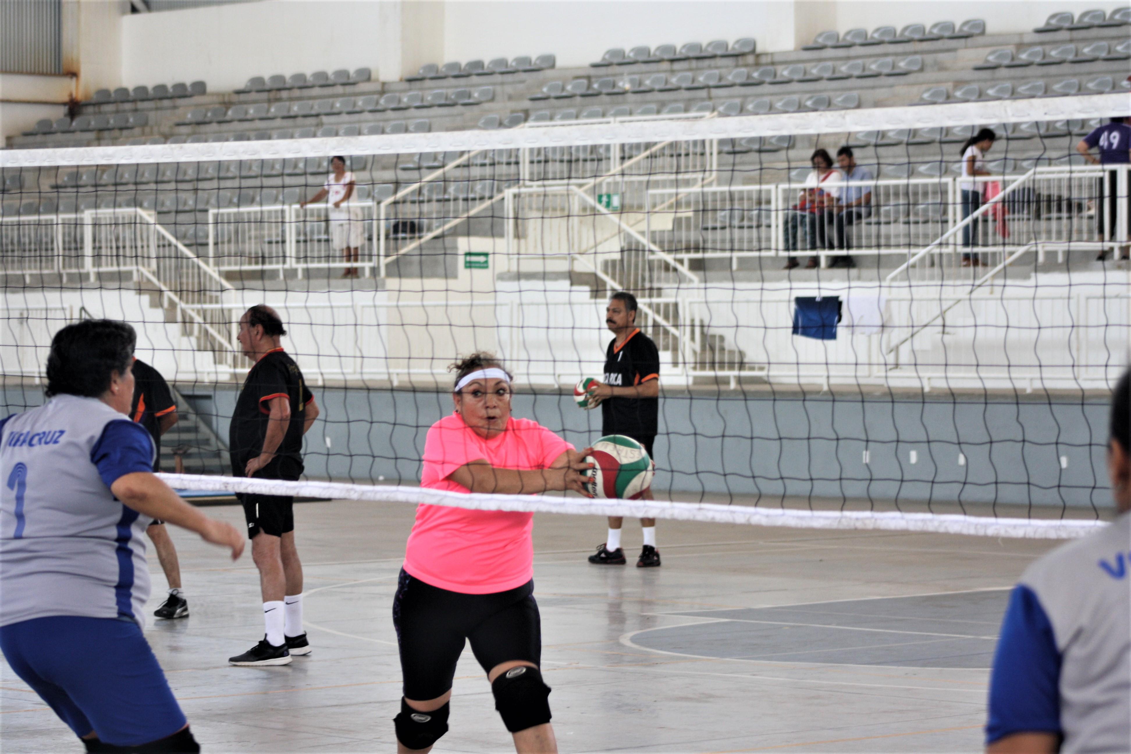 Respalda IVD a equipos para Nacional de Cachibol