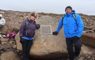 Colocan en Islandia placa que recordará muerte de glaciar OkjökulI