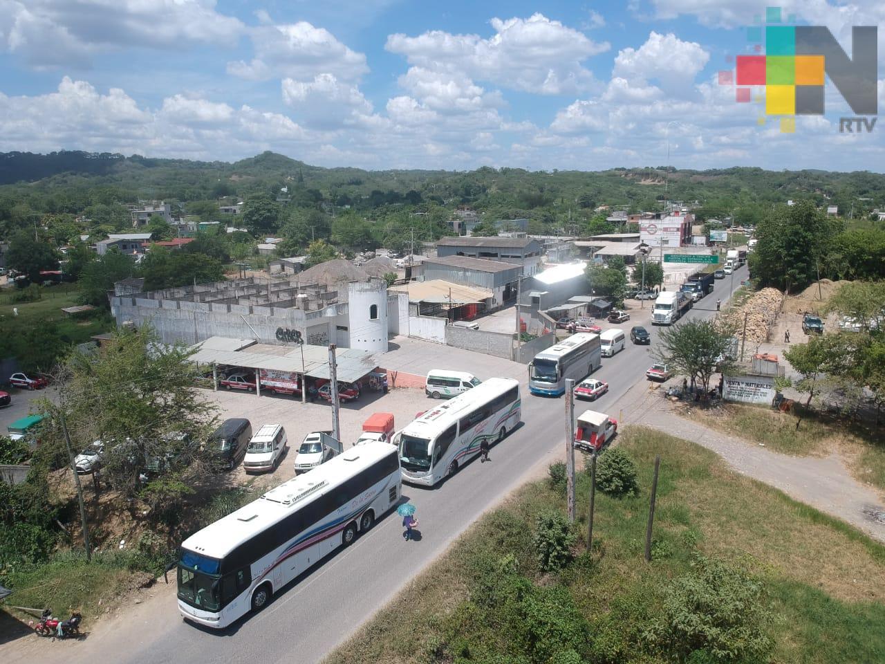 Buscan acuerdos para dirimir conflictos entre transportistas de Hidalgo y Veracruz