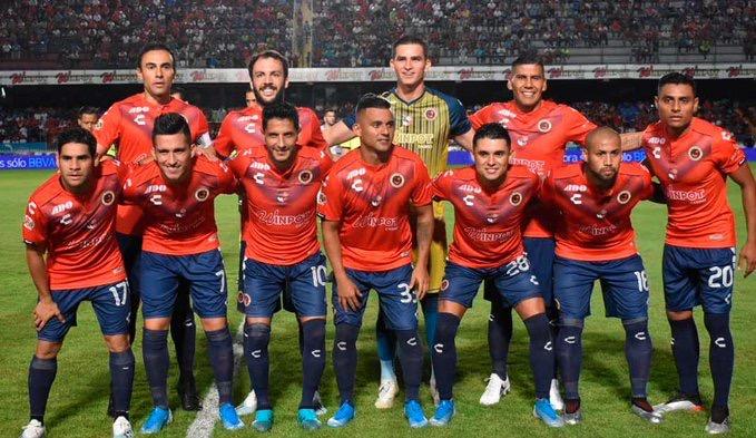 Cruz Azul y Veracruz estrenan técnico y empatan sin goles