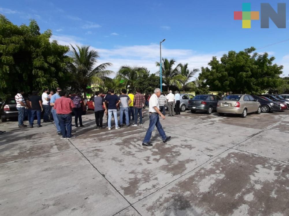 Alumnos y profesores del Itver realizan simulacro de sismo