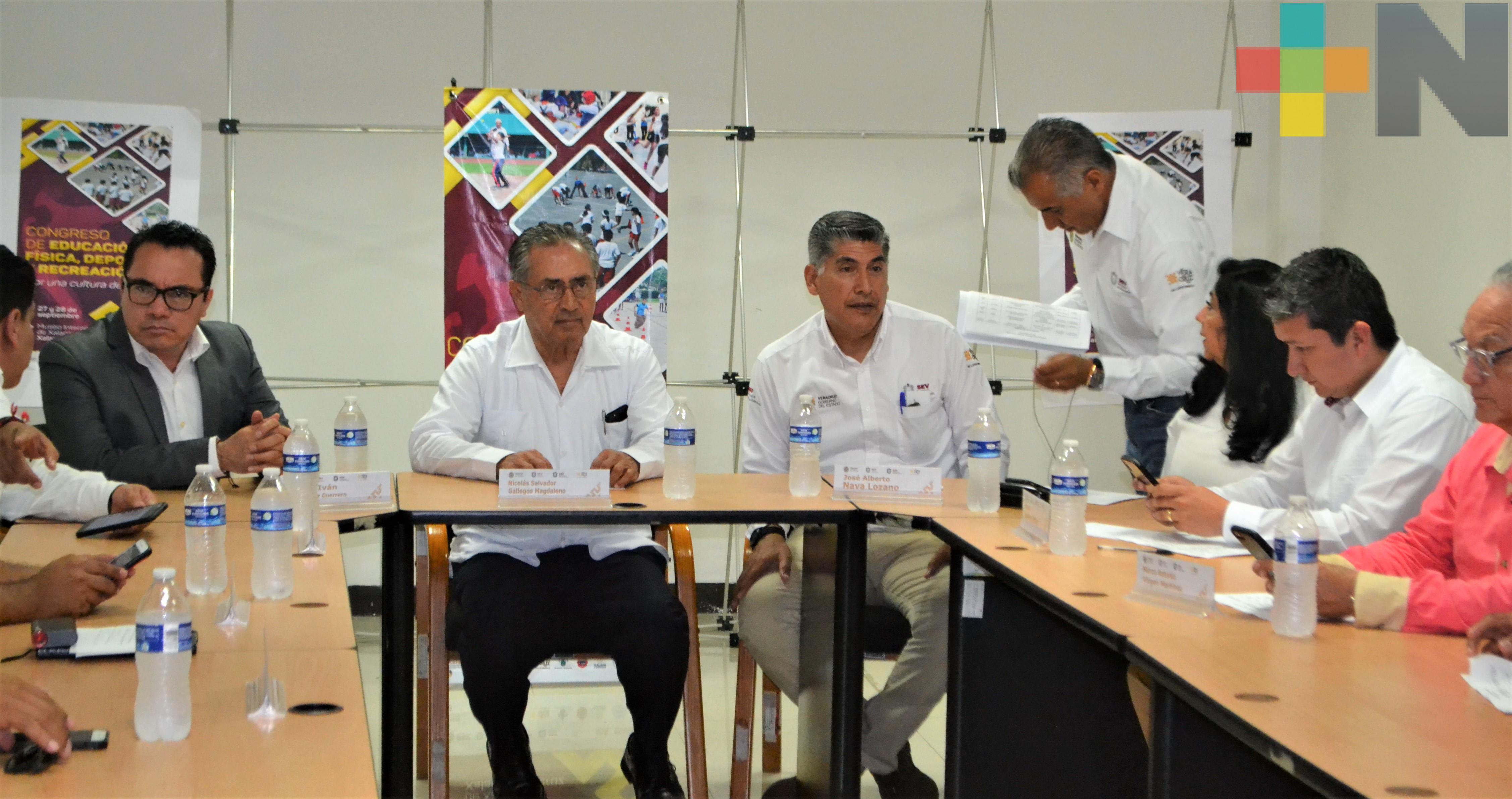 Presentan programa del Congreso Nacional de Educación Física