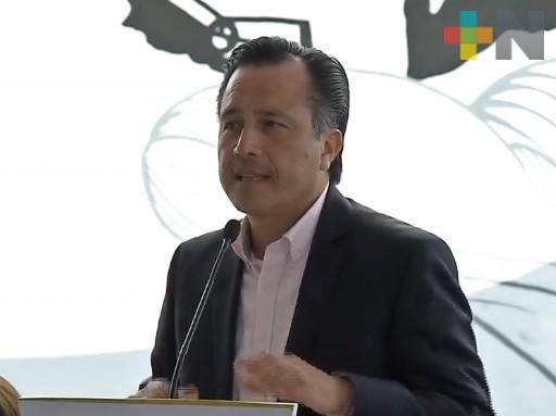 60 mdp para compra de insecticida y combatir el dengue, anunció el gobernador Cuitláhuac García; habrá fumigación urgente, dijo