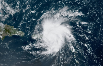 Huracán Dorian sube a categoría 3 en escala Saffir-Simpson