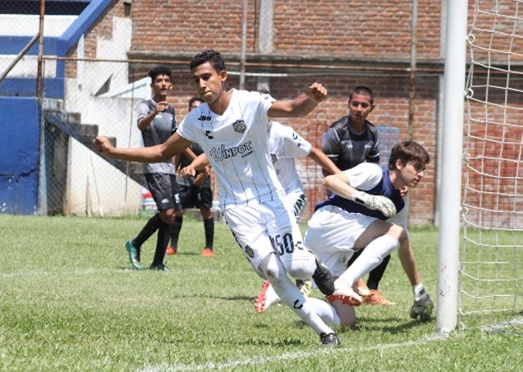 Albinegros de Orizaba vence 4-3 a Titanes del Alpha