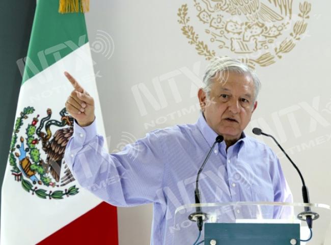¡Al carajo con la delincuencia!, subraya López Obrador