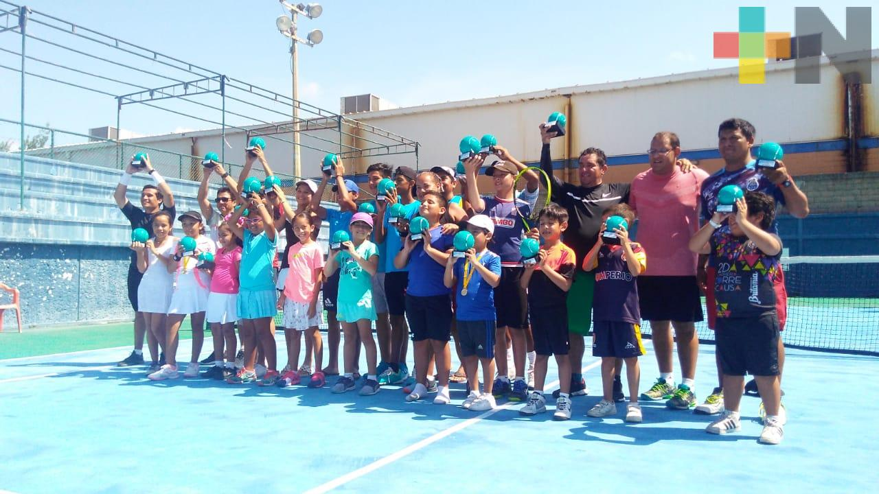 Job Patraca ganó Circuito Regional de Tenis