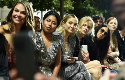 Yalitza Aparicio se deja ver en el New York Fashion Week