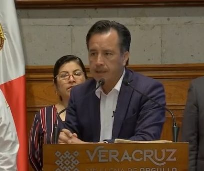 Más de 10 mil carpetas de investigación no fueron capturadas en la Fiscalía: gobernador Cuitláhuac García